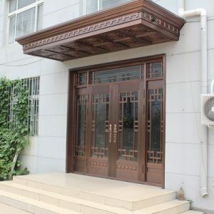在古代,铜门被视为身份地位的象征,铜门,代表着吉祥高贵。