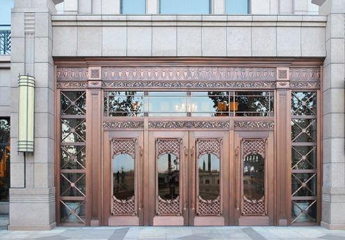 内蒙古铜门选择铜门厂家的定制铜门应该注意什么?